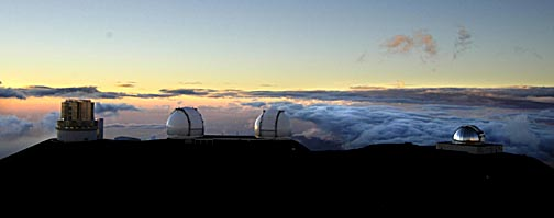 sunset-observatories-maunakea